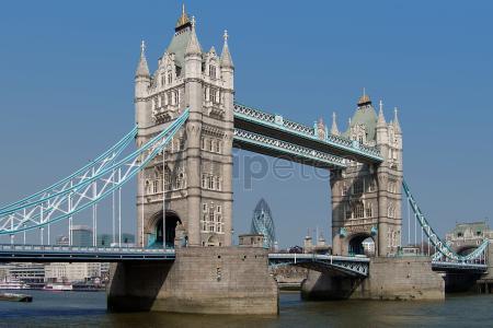 Terminamos el viaje con un itinerario recorriendo la@Abadía de Westminster, @Big Ben, London Eye y el @Puente de la Torre