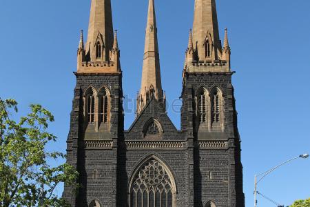 Primer día en @Dublínvisitando la cárcel@Kilmainham, el almacén de Guinnes, la catedral de Santa Trinidad y San Patricio y la calle O'connell