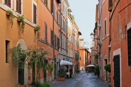 Madrugar para un paseo espiritual por la@Ciudad del Vaticano, pasar la tarde en el @Trastévere y descansar en el Campidoglio