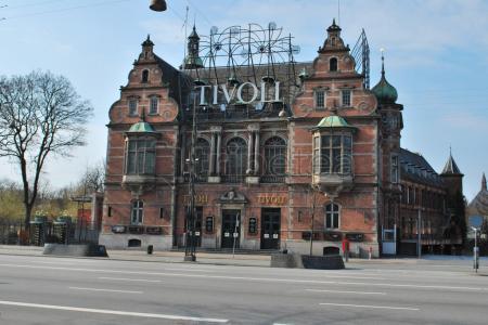 Museo Nacional de Copenhage y Jardines Tivoli